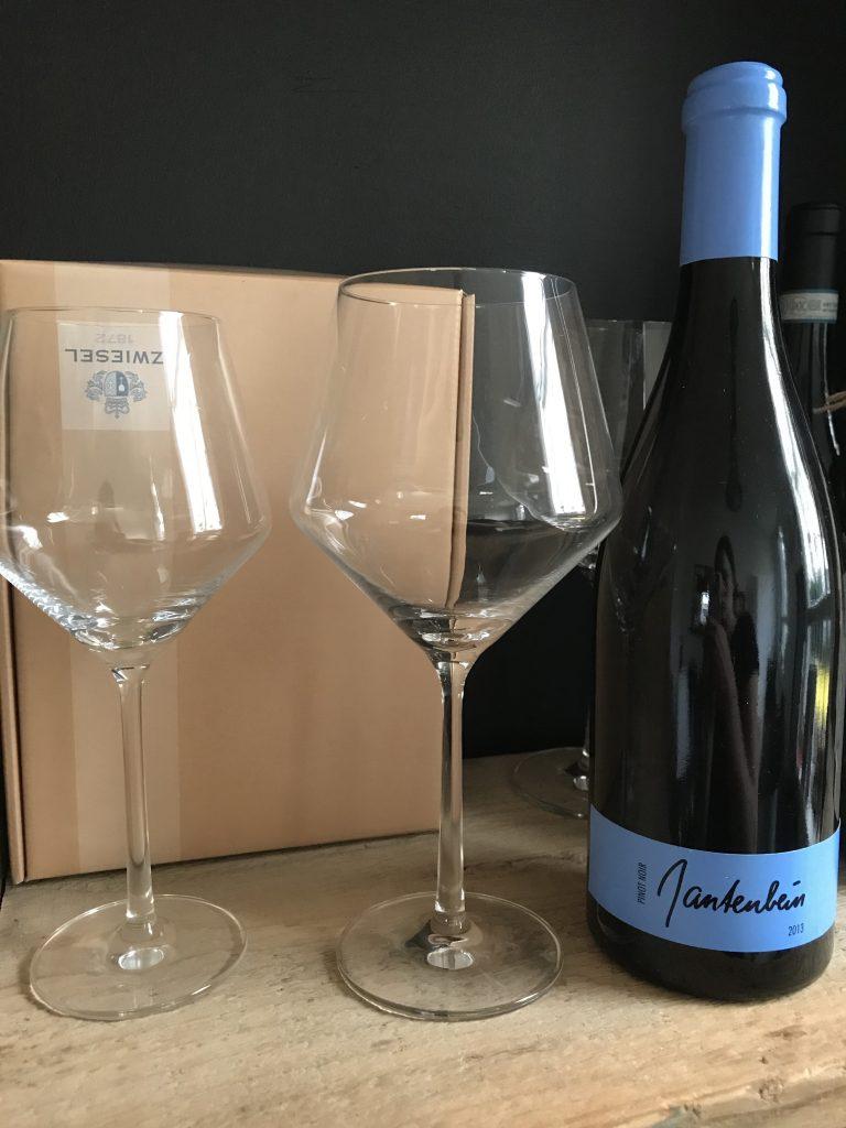 Pure Burgunderpokal Weinglas Sömmerring Weinbar Frankfurt